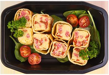 Блинчики с пармезаном, салями и вяленым томатом