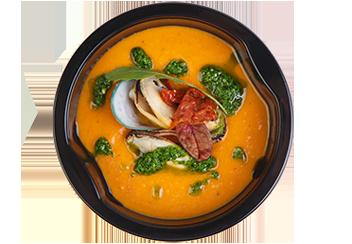 Томатный суп с мидиями и соусом