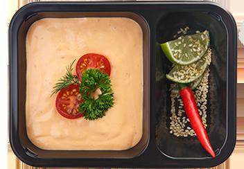 Крем-суп из лосося с креветочными чипсами
