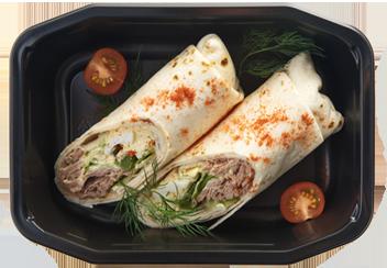 Ролл-тортилья лососем и овощами