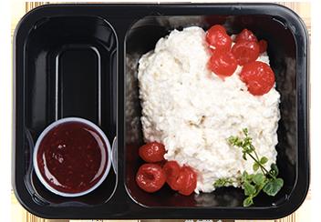 Рисовая каша с малиновым конфитюром