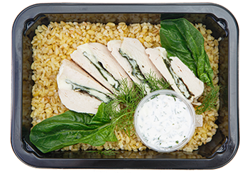 Куриное филе, фаршированное моцареллой и шпинатом с булгуром