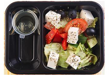 Овощной салат с печеным тофу
