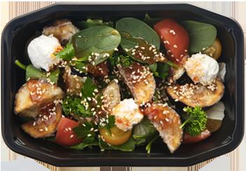 Салат с хрустящими баклажанами и томатами