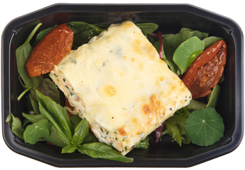 Каннеллони с лососем  и шпинатом