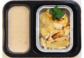 Запеченная груша с тофу и ореховым соусом