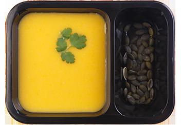 Тыквенный крем-суп с маскарпоне и тыквенными семечками