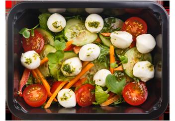 Овощной салат с заправкой из вяленых томатов
